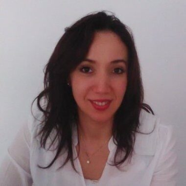 Wahida Nefti Benfreha nutritionniste en ligne et docteur en nutrition humaine au cabinet de nutrition Paris 8